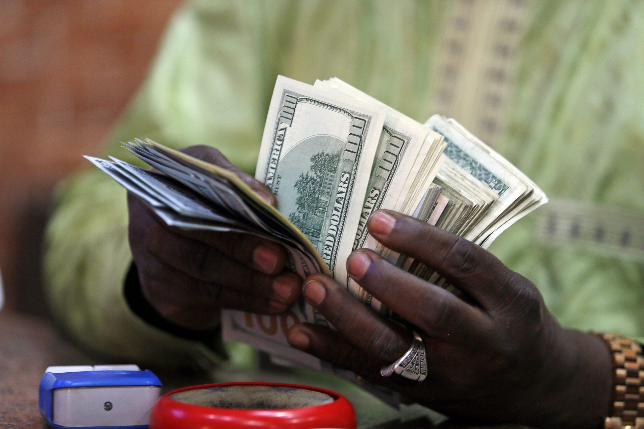 Mengapa tidak ada orang yang membayar pajak di negara berpenghasilan rendah?