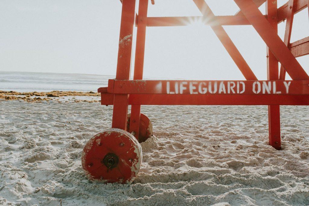 Penjaga Pantai Remaja Celah Ditetapkan Untuk Seumur Hidup