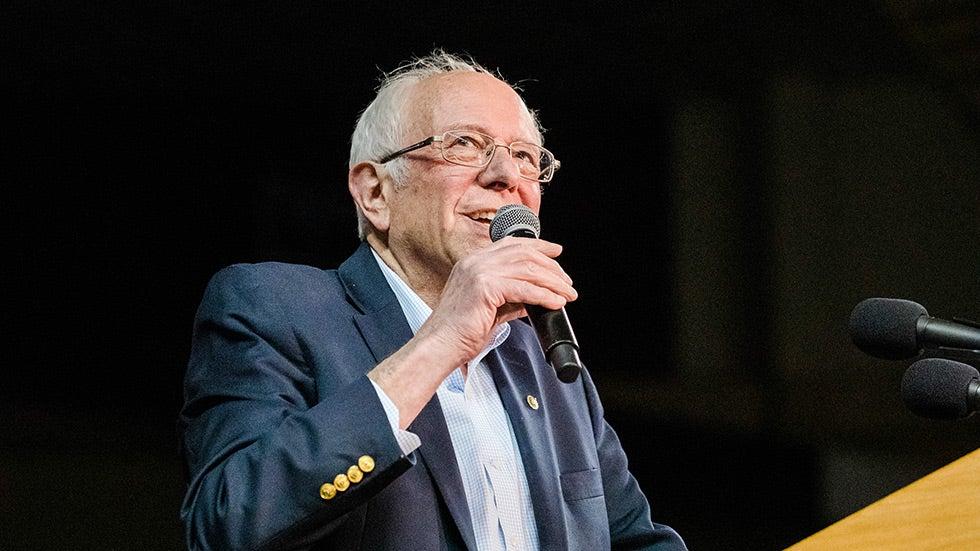 Sanders berencana untuk berpartisipasi dalam debat DNC April