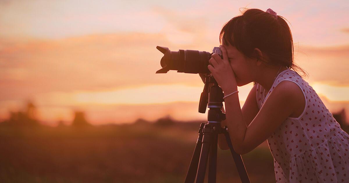 Bagaimana Membuka Kreativitas dan Keyakinan Anak Anda melalui Fotografi Alam