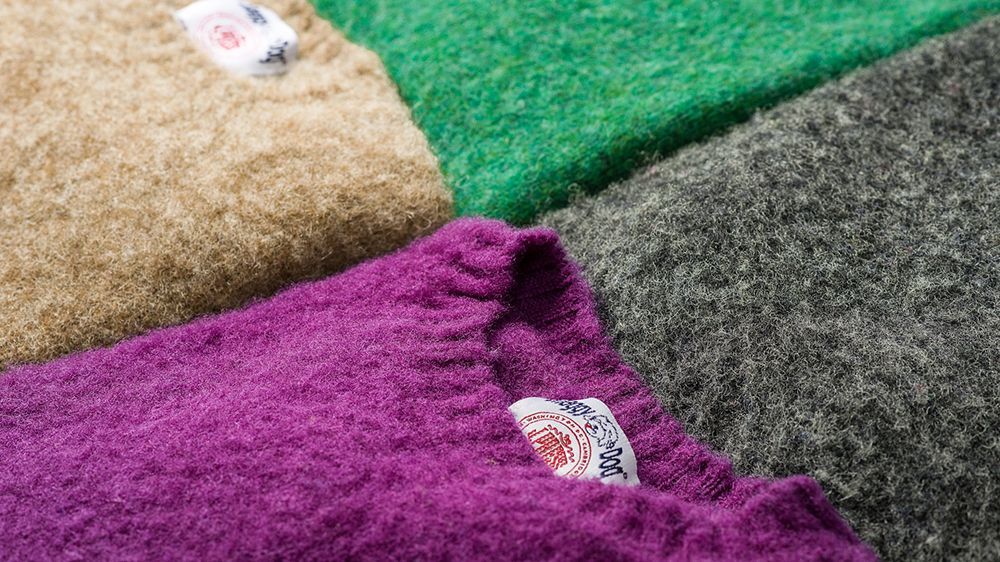 5 Sweater Paling Hangat yang Bisa Dipakai Pria Bergaya Saat Ini