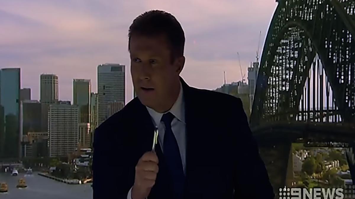 Peter Overton Menangani Lights Dying Mid-Bulletin Seperti Seseorang dengan $ 500Okay +