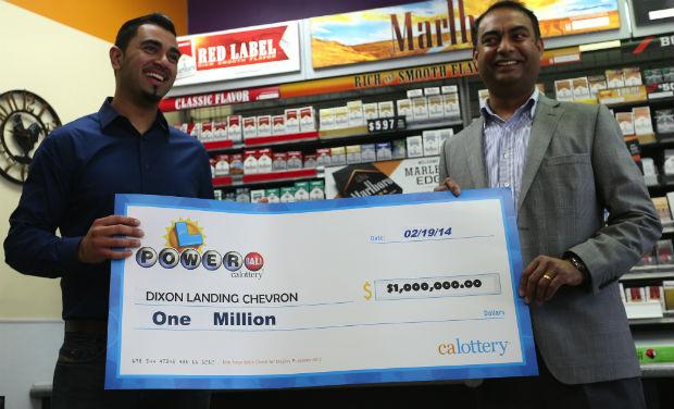 Tiket yang dijual di toko India di California memenangkan lotre USD 425 juta