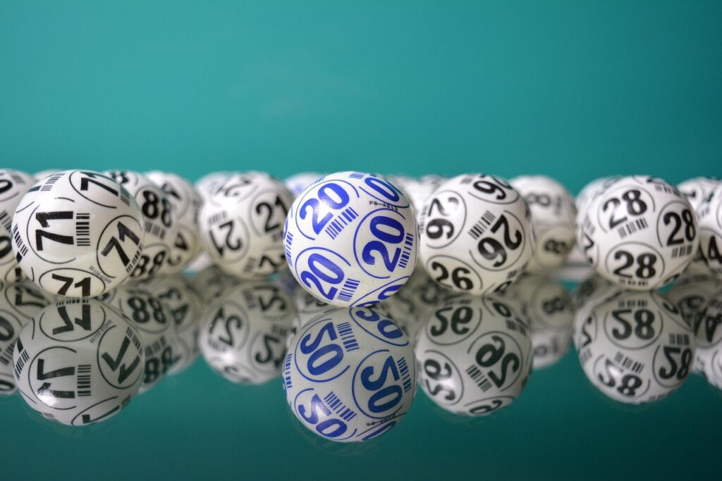 Tiga Saudara Australia Memenangkan Lotere Setelah 40 Tahun