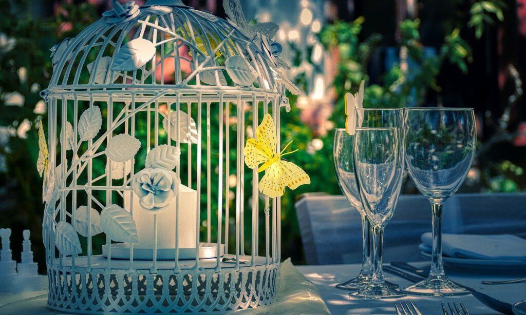 Pemenang Lotere Baik Menyelamatkan Hari Pernikahan yang Dibatalkan
