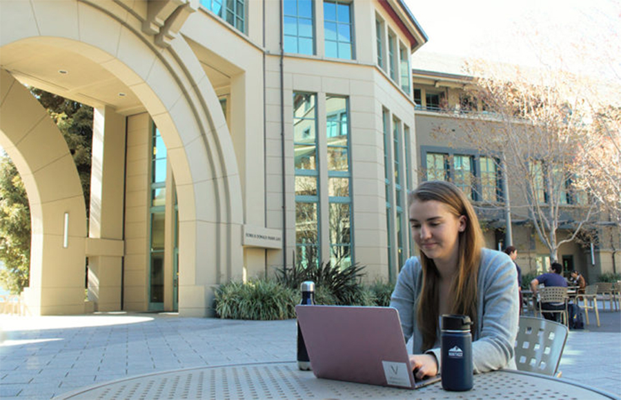 Fakultas UC Berkeley, mahasiswa berbicara tentang perempuan yang kurang terwakili dalam bidang teknik, bisnis