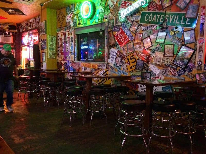 Bar Selam Indianapolis Terbaik untuk Minuman Murah