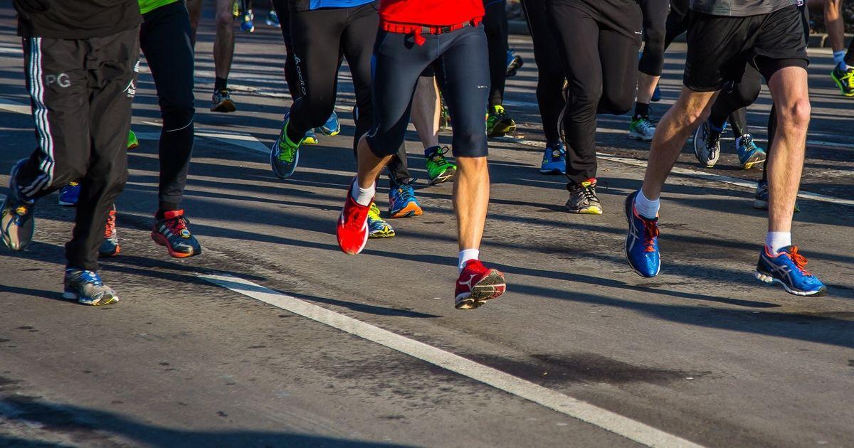 Pelatihan Great North Run: cara bertahan di hari lari